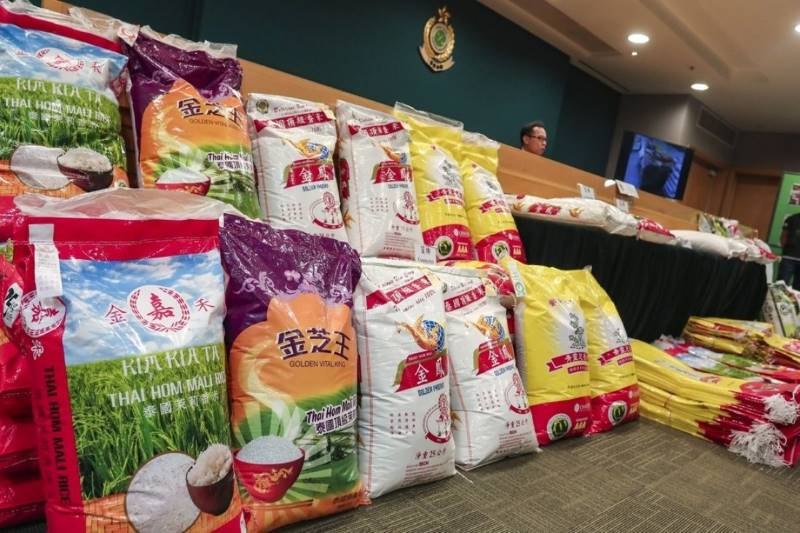 Customs seize 15,000kg of counterfeit rice from company that supplied to almost 100 restaurants in Hong Kong